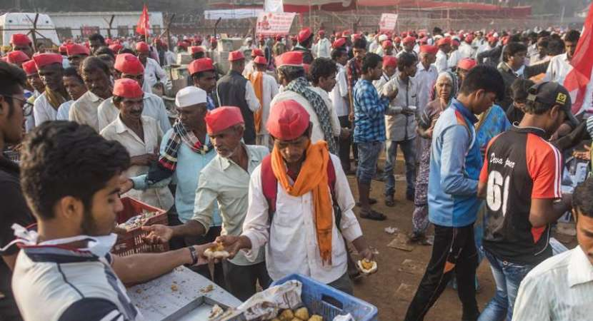 Maharashtra farmers' protest ends as government accepts their demands