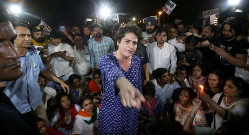 Priyanka Gandhi miffed after being pushed at India Gate