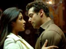 Salman Khan tries witticism with Priyanka Chopra, she replies in style