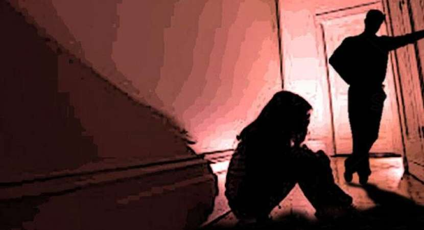 Andhra man claims to be minor's father — Surat rape case