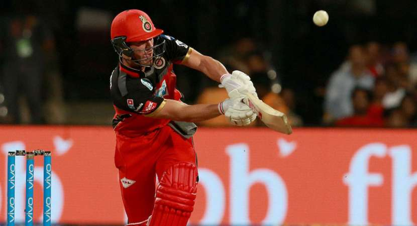 De Villiers gives RCB 6-wicket win over Delhi