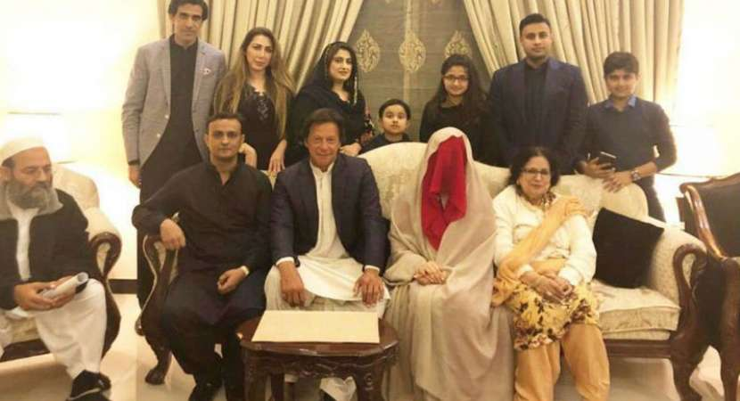 Imran Khan's third marriage in danger as pet dogs return home