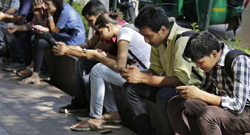 India to have 500mn Internet users by June: Experts