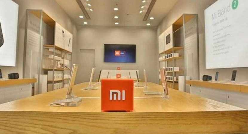 China smartphone sales fall sharply in Q1