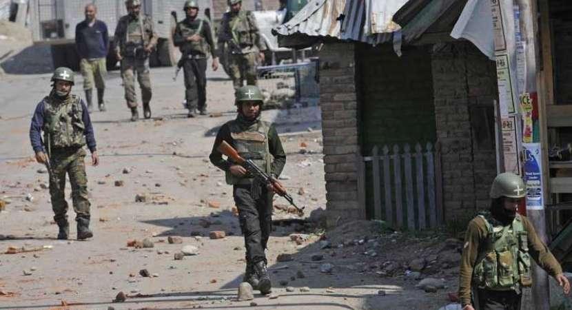 Kashmir clashes: Five civilians killed in security forces, militants gunfight