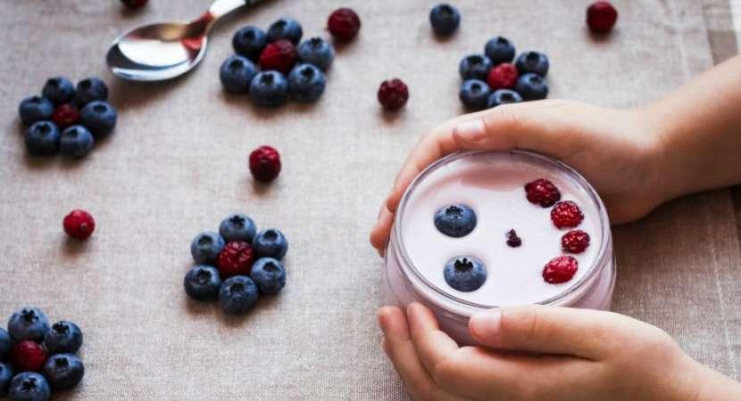 Yogurt reduces the risk of like bowel disease, arthritis and asthma as well as cardio metabolic illness.
