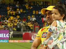 Ziva plays with father Dhoni on IPL field