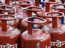 Delhi: 15 injured in LPG cylinder blast in Gandhi Nagar