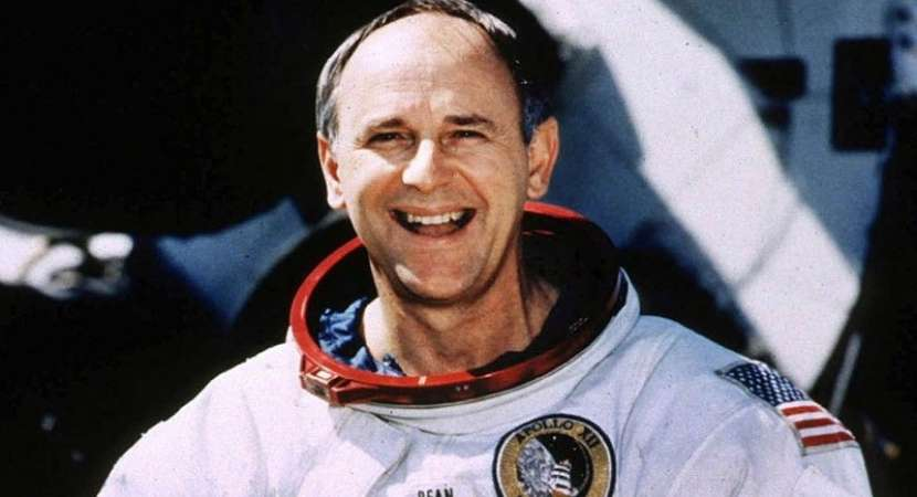 Alan Bean, fourth astronaut to walk the moon, dies at 86