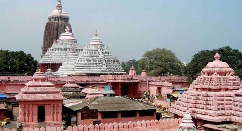 Puri Gajapati blames Jagannath temple administration for missing keys