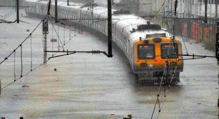 Monsoon hits Mumbai with a bang; flights, trains, road traffic hit