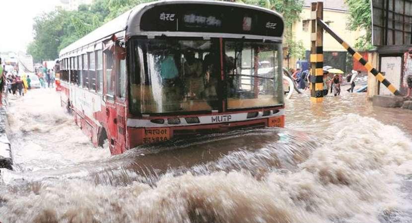Rains batter Mumbai for third day, normal life hit