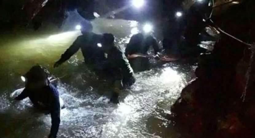 Thailand cave struggle: 4 boys rescued so far