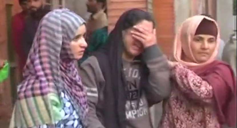 Jammu and Kashmir: Militants slit woman's throat in Bandipora