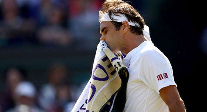 Roger Federer crashes out of Wimbledon, Kevin Anderson reaches semis