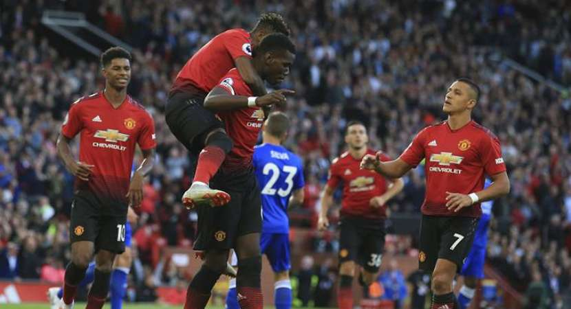 Man United beat Leicester 2-1 in Premier League opener