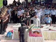 Atal Amar Rahe: Nation bids farewell to former Prime Minister