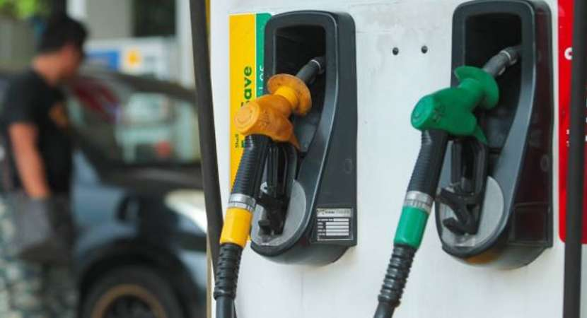 Fuel price hike: Petrol hits record high of Rs 80.50 in Delhi