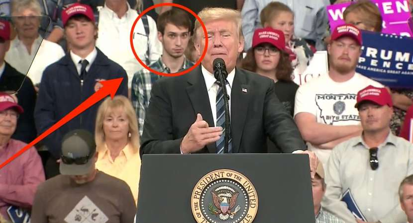 This plaid shirt guy in Donald Trump rally is trending. Read why?