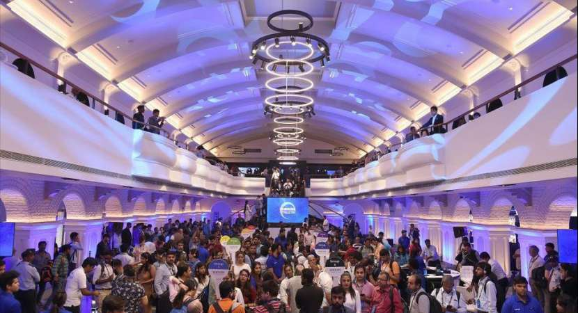 The world's biggest Samsung store in Bengaluru covers an area of roughly 33,000 square foot