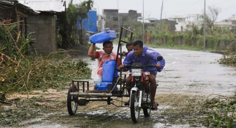 3 killed as typhoon Mangkhut hits Philippines